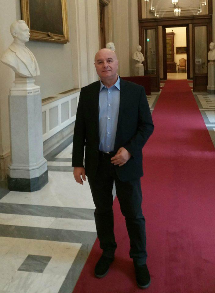 Antonio tasso eletto nel movimento 5 stelle iscritto nel for Gruppo misto camera